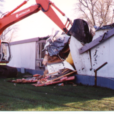 demolition-of-trailer-houses
